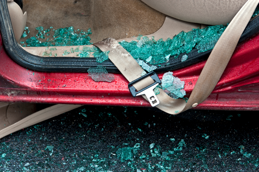 Shattered glass and a defective seat belt